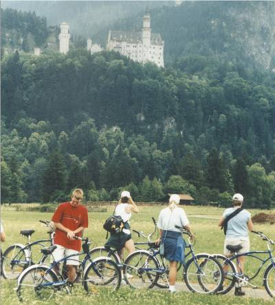 bikes_and_castle-400